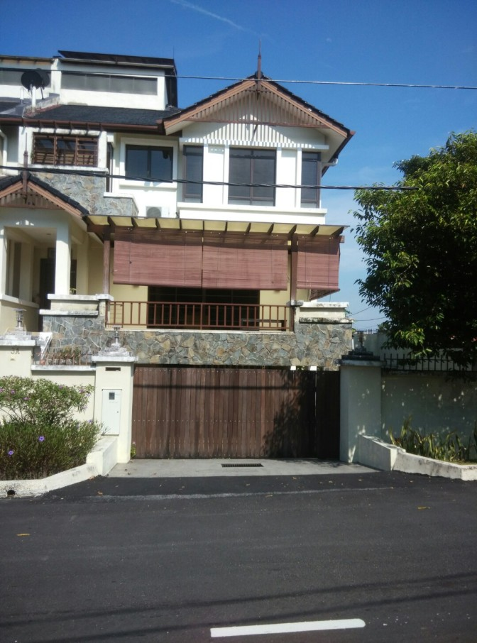 Corner Semi- D for Sale in Ampang Jaya