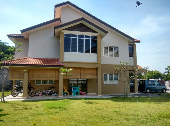 Corner Lot for Sale at Taman Tasik Prima Puchong
