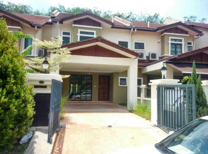 Tropicana Green Acres Link House for Sale