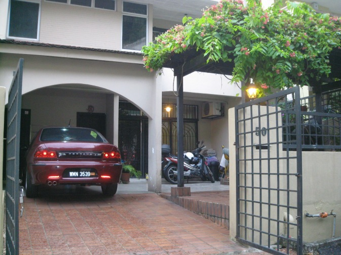 Link House for Sale or Rent – Dataran Ukay Ampang