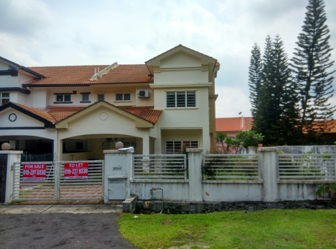 Semi- detached house for Sale or Rent at Ukay Perdana