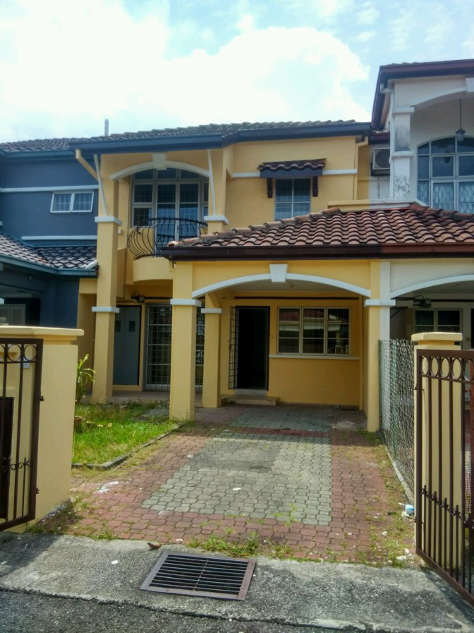 2 Storey Link House for Sale in USJ 18