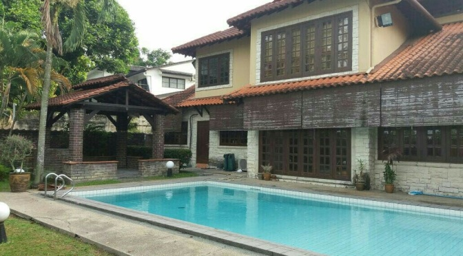Ukay Heights Balinese- type Bungalow for Rent